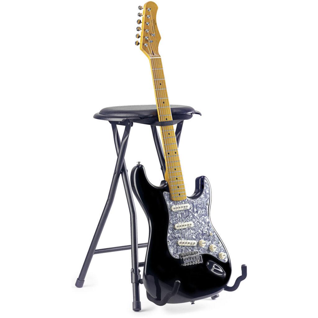 stolička skládací s kytarovým stojanem
